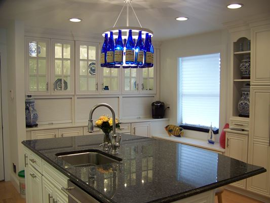 Kitchen Island With Black Counter top