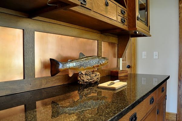 counter with fish plaque